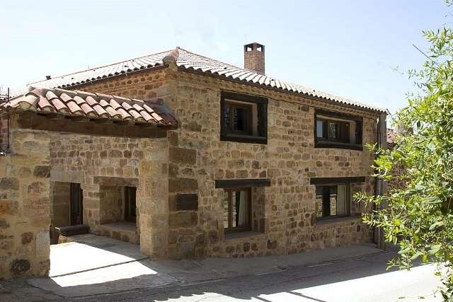 Casa rural albada i y ii pedrajas soria soria - Casas prefabricadas de piedra ...