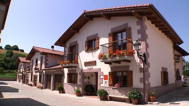 Casa Baleztenea